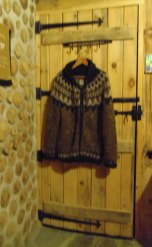 There are many hooks and pegs to hand your things.